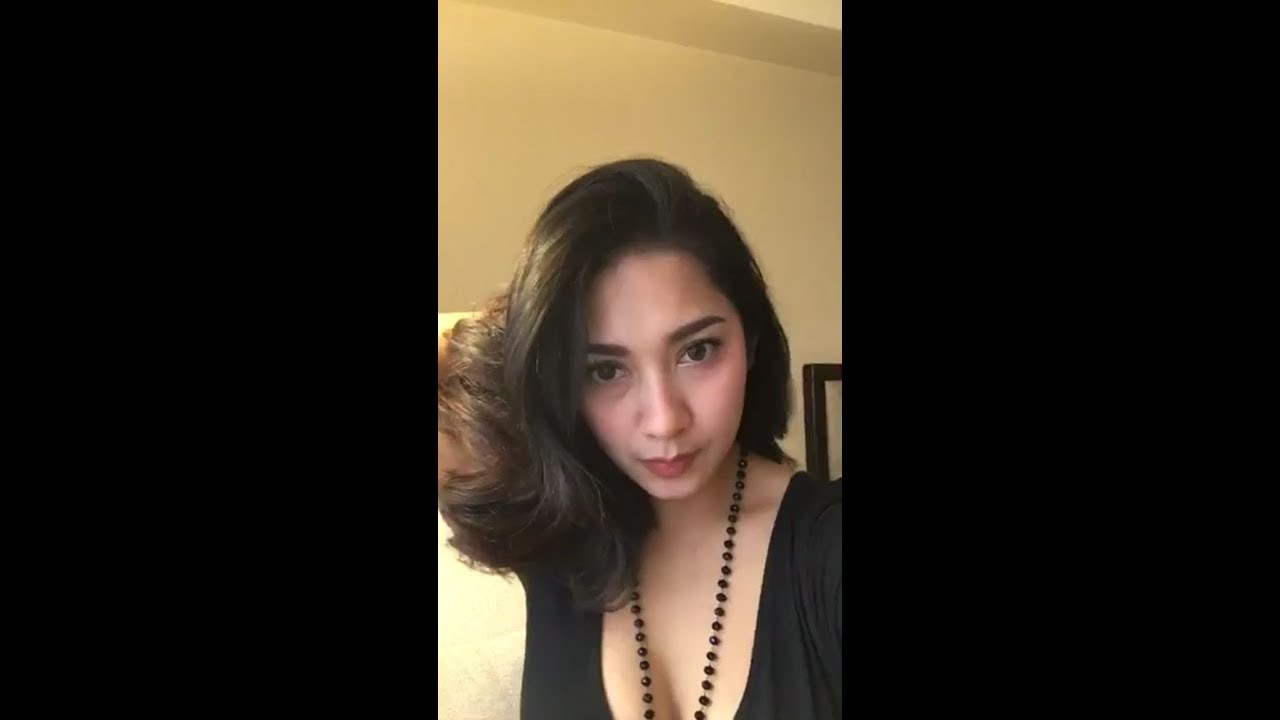 Watch Dinda Kirana video