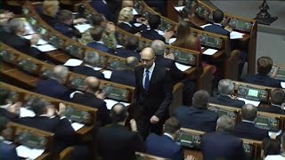 PTV news 11 aprile 2016 - Il premier ucraino Yatseniuk lascia: crisi a Kiev