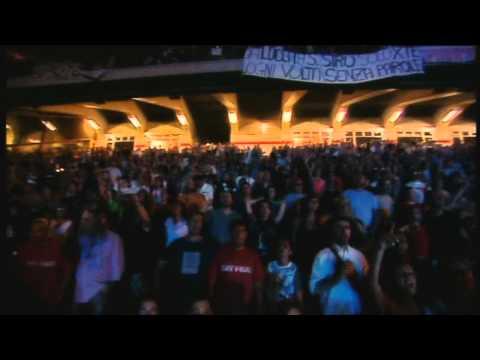 Vasco Rossi - Siamo soli - live (HD)