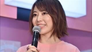 AKB48の入山杏奈、加藤玲奈、宮脇咲良が8月23日、東京・ラフォ...