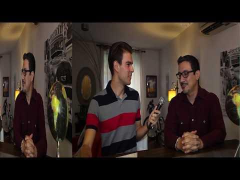 El cineasta Carlos Freire es entrevistado por el Host Nenad Zezelj