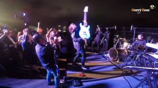 Merry Bees Live Music - Iwee (electric guitar solos)@NYE 2016 MBS Skypark