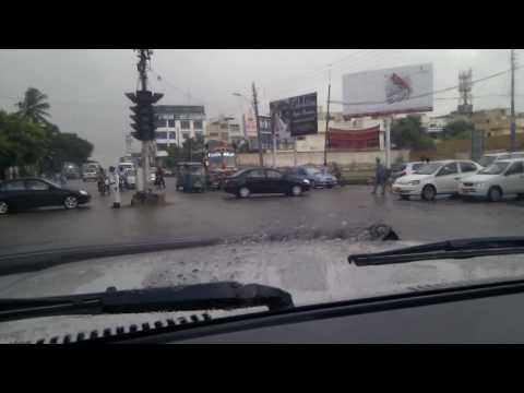 Driving On khayaban-e-Shamsheer (Karachi)