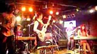 オレンジブルー東京ライブの映像(30秒)です。