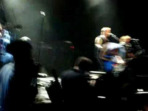 """Die Toten Hosen """"Uno, Dos, Ultraviolento"""" Argentina El Teatro 25/04/2009"""