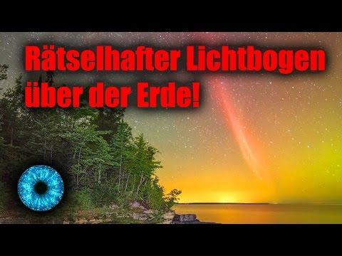 Riesiger rätselhafter Lichtbogen über der Erde! - Clixoom Science & Fiction