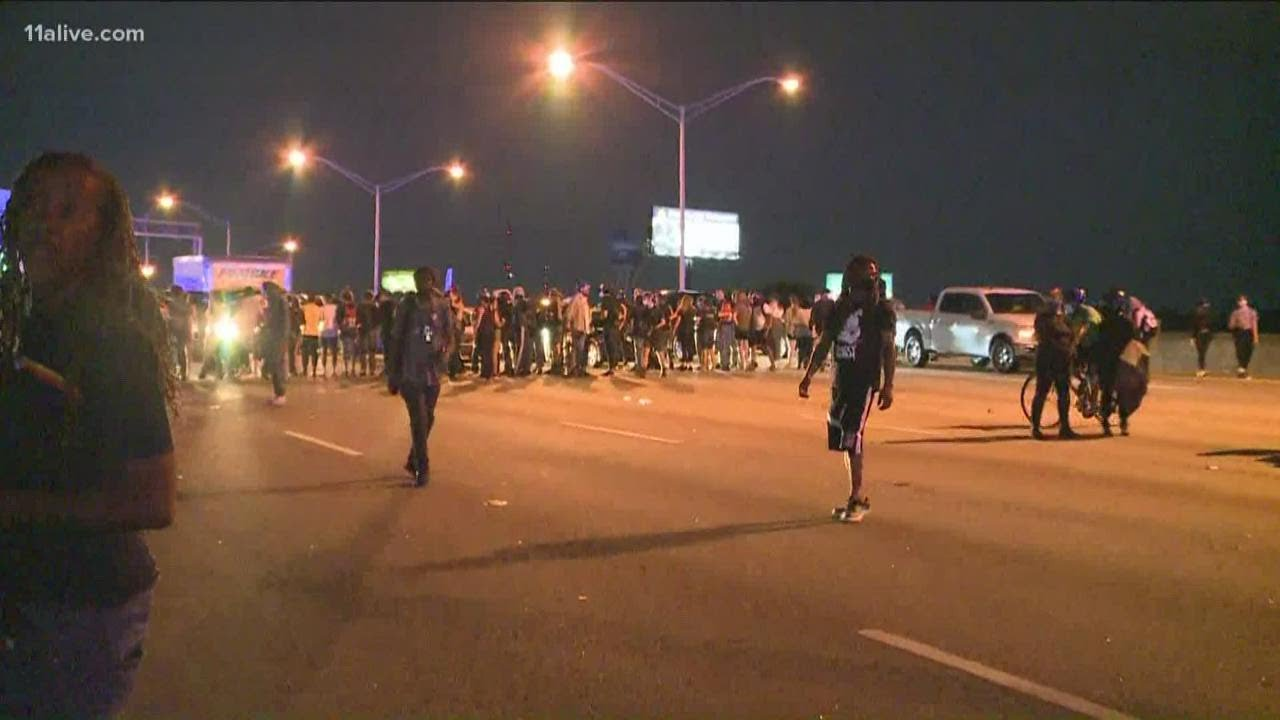Atlanta protestors block interstate 85