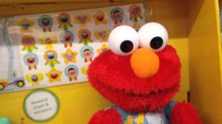 POTTY TIME ELMO with Toilet & Sippy Cup [Potty Training Elmo] Sesame Street REVIEW and DEMO
