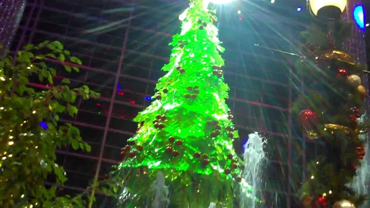 National Harbor Christmas Tree Lighting Ceremony at Gaylord Hotel - YouTube & National Harbor Christmas Tree Lighting Ceremony at Gaylord Hotel ...