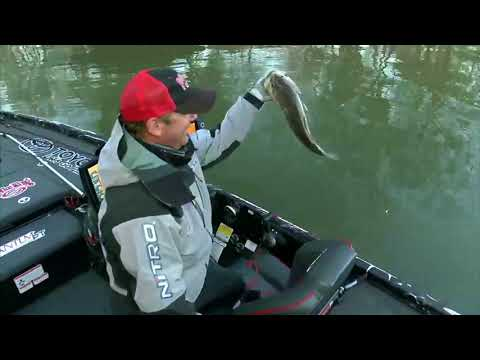 Kevin VanDam's early flurry on Grand Lake