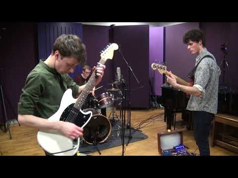 KITSCH - Studio Live Lounge Session (2/2)