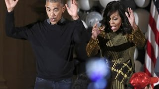 Obama, Michelle dance to 'Thriller' at White House Halloween party