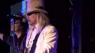 Watch Cheap Trick Getting Better video