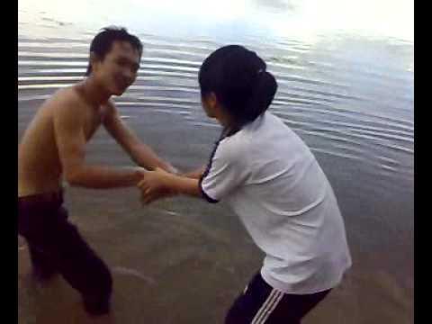 Tắm Hồ 719