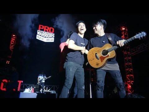 NOAH ft Fans Mungkin Nanti  - Pro Warriors Music Arena 2018 Makassar