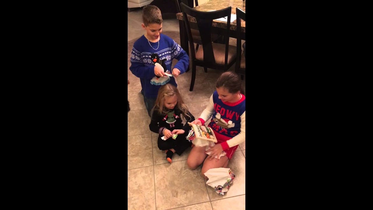 Jimmy Kimmel bad Christmas gifts!\'nn - YouTube