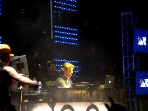 Benny Benassi VS. Iggy Pop - Electro Sixteen (2009 tour)