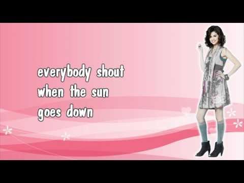 Selena Gomez & The Scene - When the sun goes down (lyrics)