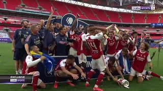 Aubameyang drops FA Cup trophy during celebration! | FA Cup 19/20 Moments