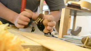 Lie-nielsen No. 85 Cabinet Maker's Scraper Plane In Action