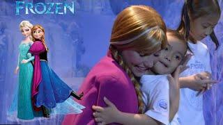 Frozen Disney - Lifia Niala Jumpa Anna Elsa Frozen Disneyland Singapore
