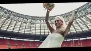 Невеста читает рэп жениху на свадьбе