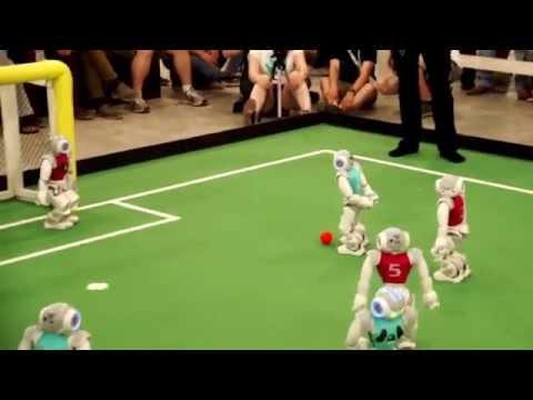 Must See: RoboCup 2014 Brazil Semi Final: NaoTeam HTWK vs. UChile -- 5:4