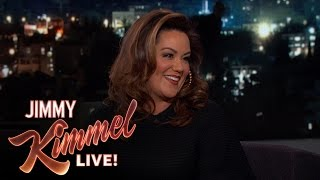 Katy Mixon on Shooting American Housewife While Pregnant