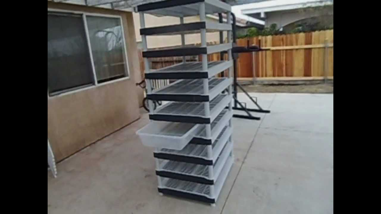 How to build a cheap snake rack - YouTube