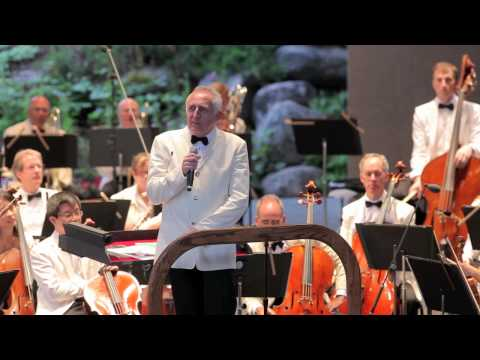 Bramwell Tovey and the New York Philharmonic Play Léhar