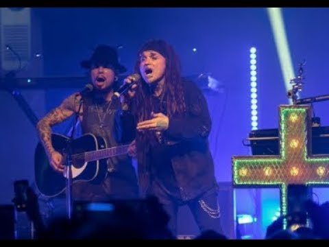"Ministry w/ Dave Navarro performed ""(Everyday Is) Halloween"" acoustically"