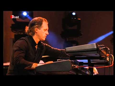 Jean Luc Ponty & his Band - Celtic Steps - Jig. (composed by Jean Luc Ponty).mp4