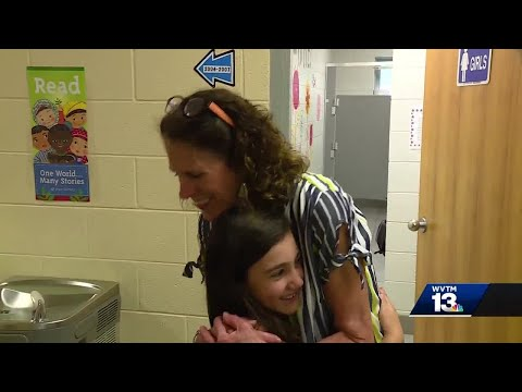 Teachers and students say goodbye to Vestavia Hills Elementary Central