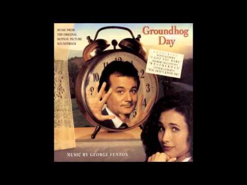 Filmmusik und Titelsongs - z. B. GoldenEye ;-) 22763748