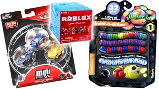 Disney Cars 3 Toys Hunt - NEW Roblox & Slither.io TOYS! Build A Slither Mini & Roblox Series 3
