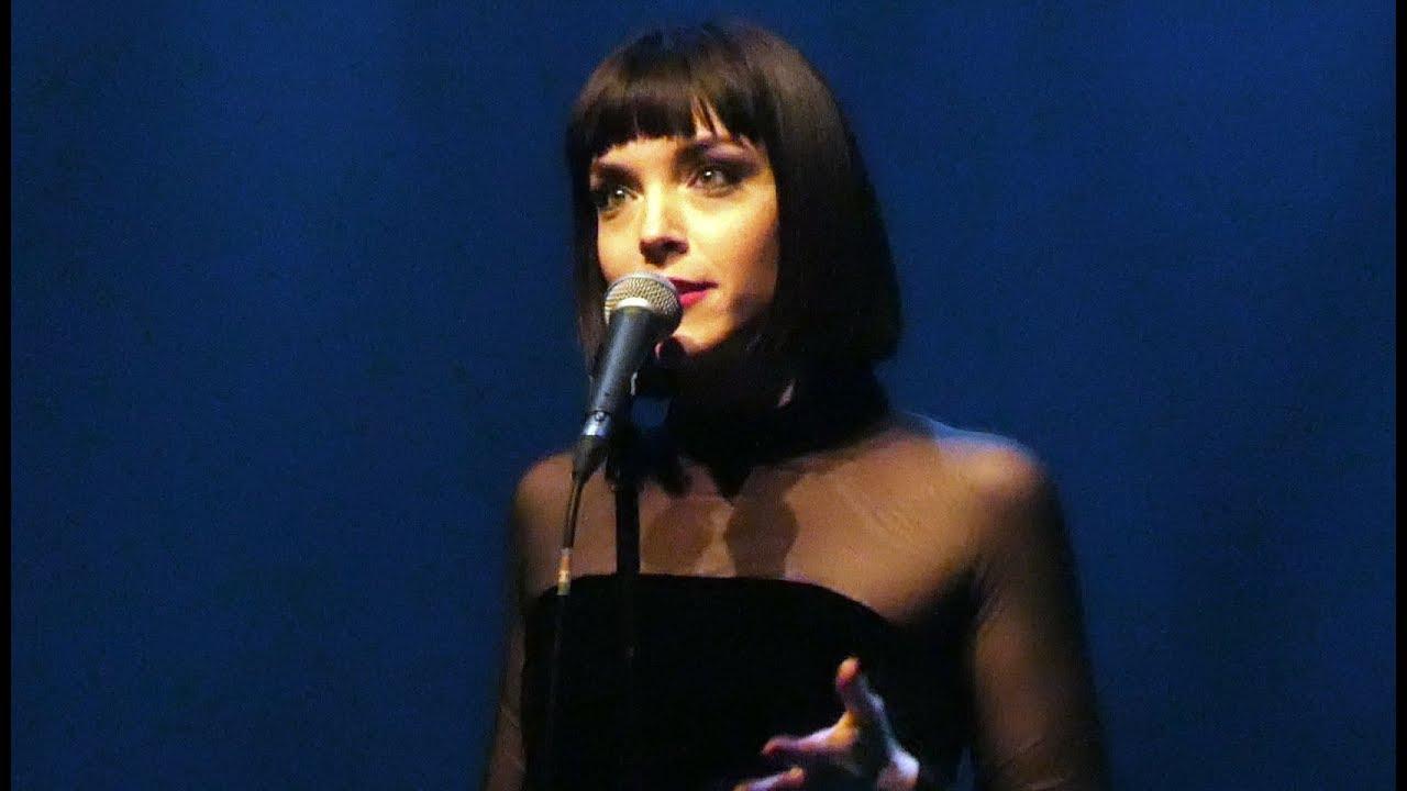 Download Elise LeGrow - Sincerely - Live Paris 2018