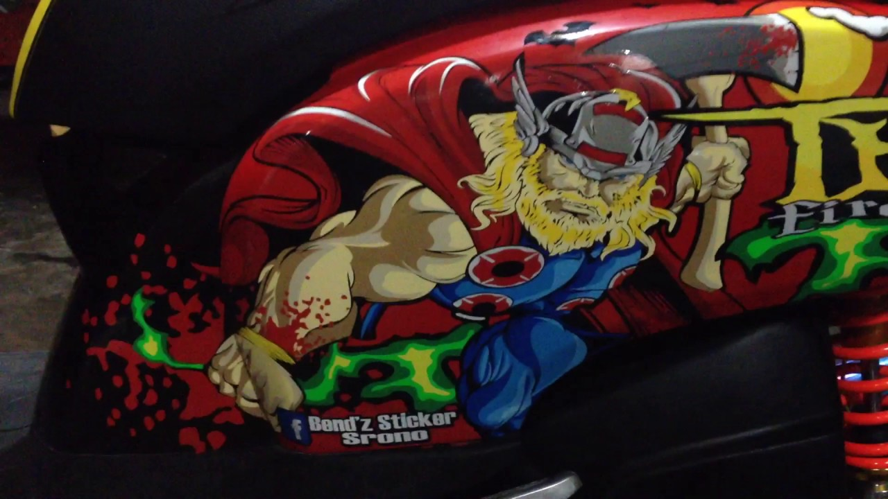 Scoopy cutting sticker 3d thor avenger