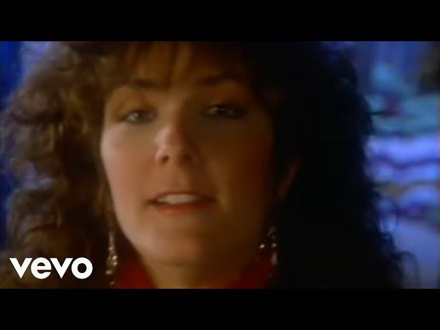 Kathy Mattea - Eighteen Wheels And A Dozen Roses (Official Video)