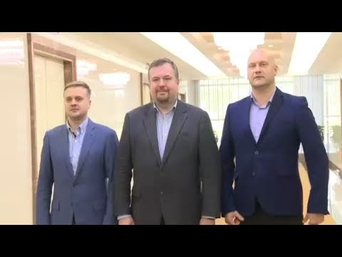 Russian Party Delegation Arrives in Pyongyang