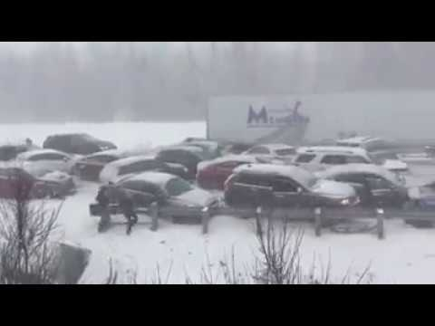 Gros carambolage à Magog (BIG Car Crash in Quebec, Canada)