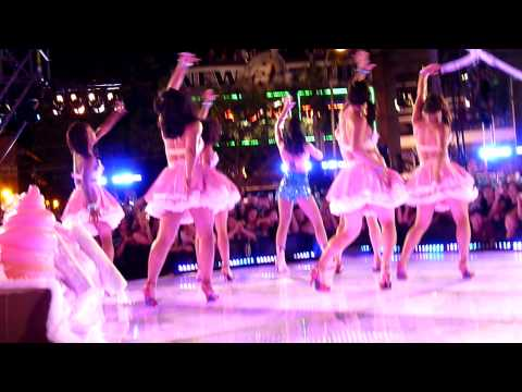 Katy Perry - California Gurls 2010 MMVA