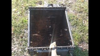 Sovutish tizimi radiatorga tozalash. MTZ 892.