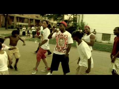 King Yella ft r.I.p  Skeeze-Dress so clean
