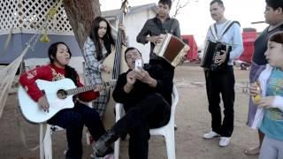 Ojitos Negros (Con Tololoche) - VK (Villa Kids)