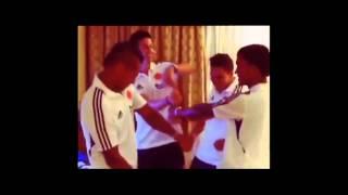 Selección Colombia Celebrando - Jorge Villamizar / Todo lo que quieres es bailar.