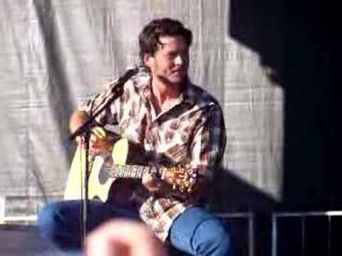 Blake Shelton sings The More I Drink 8-26-07
