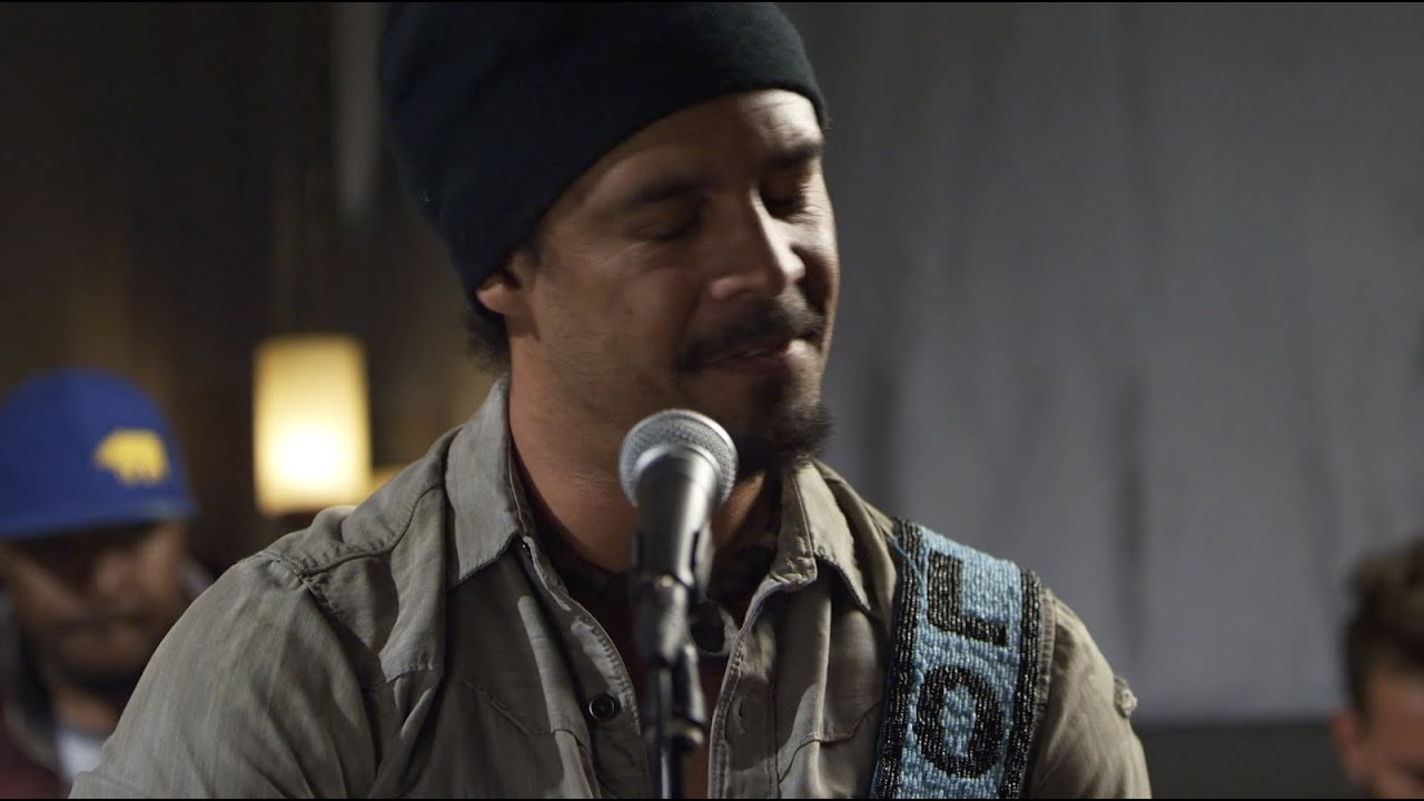 michael-franti-spearhead-storyteller-sessions-summertime-is-in-our-hands-michael-franti