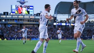 GOAL: Chris Pontius with a spectacular finish far post
