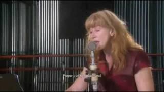 Loreena McKennitt - Noël Nouvelet ! (HQ)