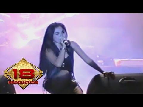 Dangdut - Digilir Cinta (Live Konser Pasuruan 18 Februari 2006)